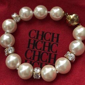 Jewelry - CH Carolina Herrera Pearl Bracelet